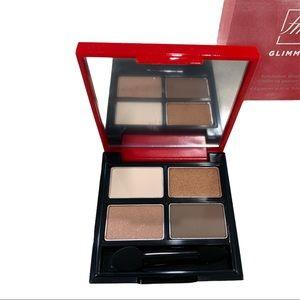 Avon x fmg Glimmer Eyeshadow Quad